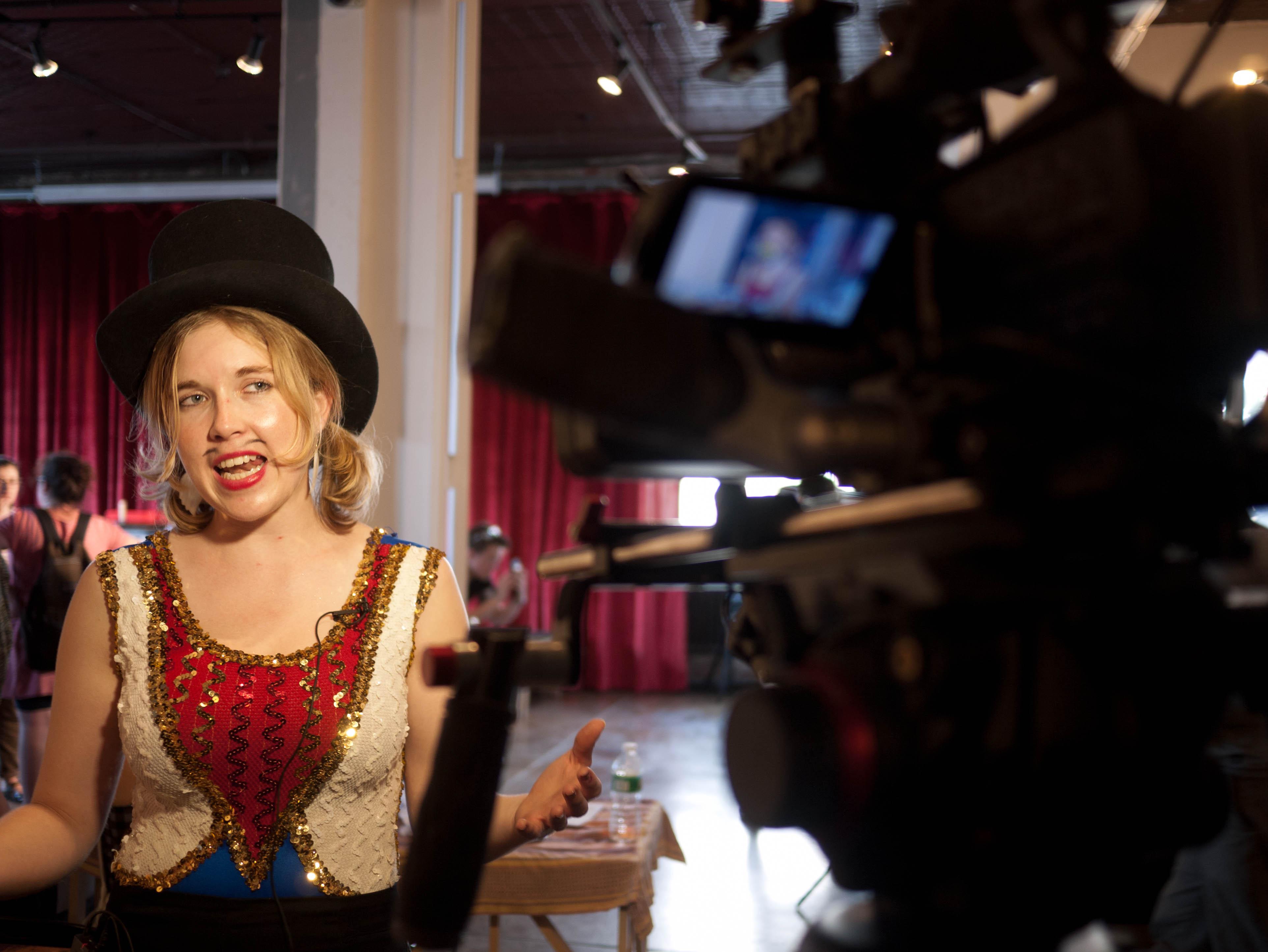 Recording (Sasha Von Oldershausen)