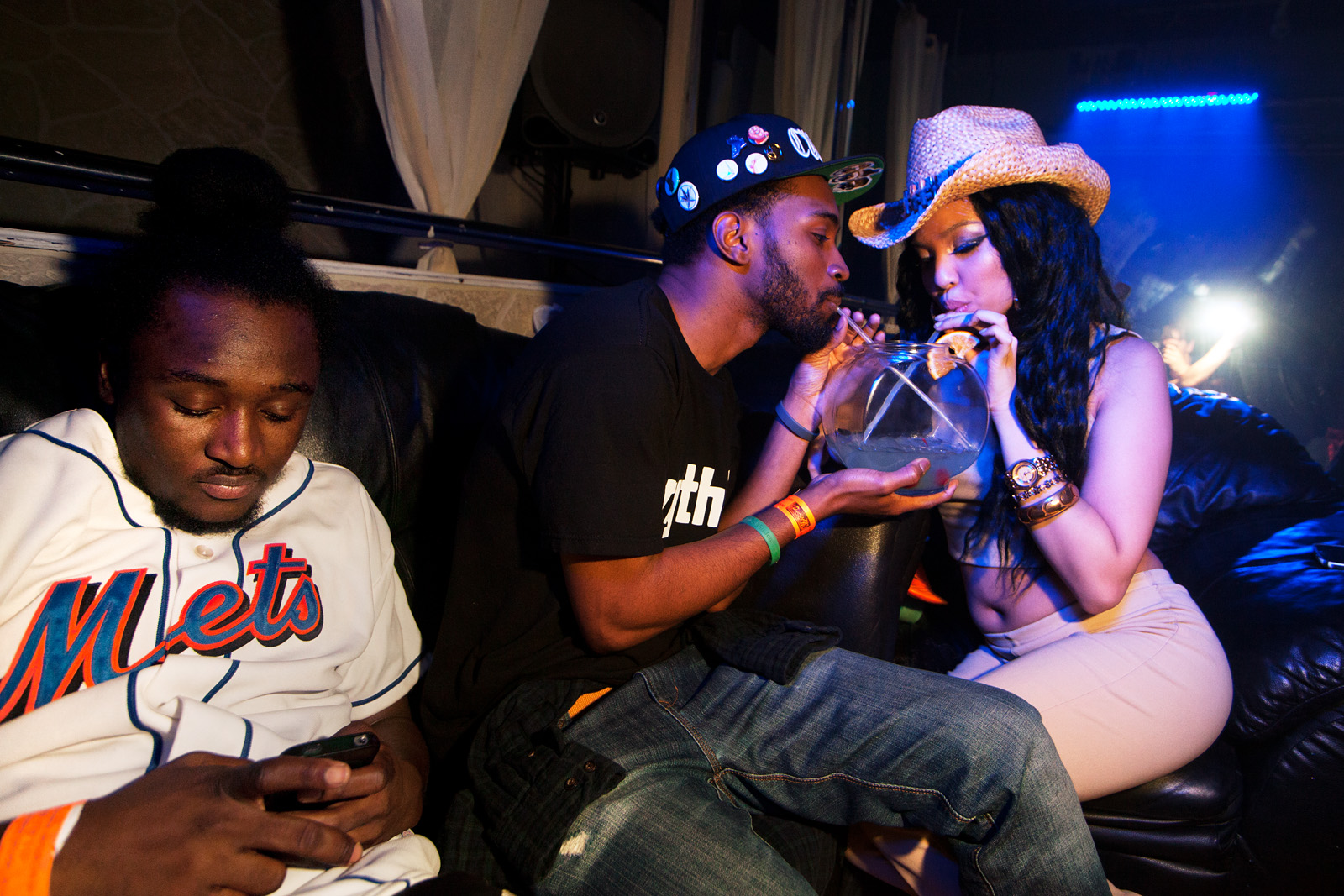 TeeBurr texts, Matt Sebastian and Kay Rizz share fishbowl