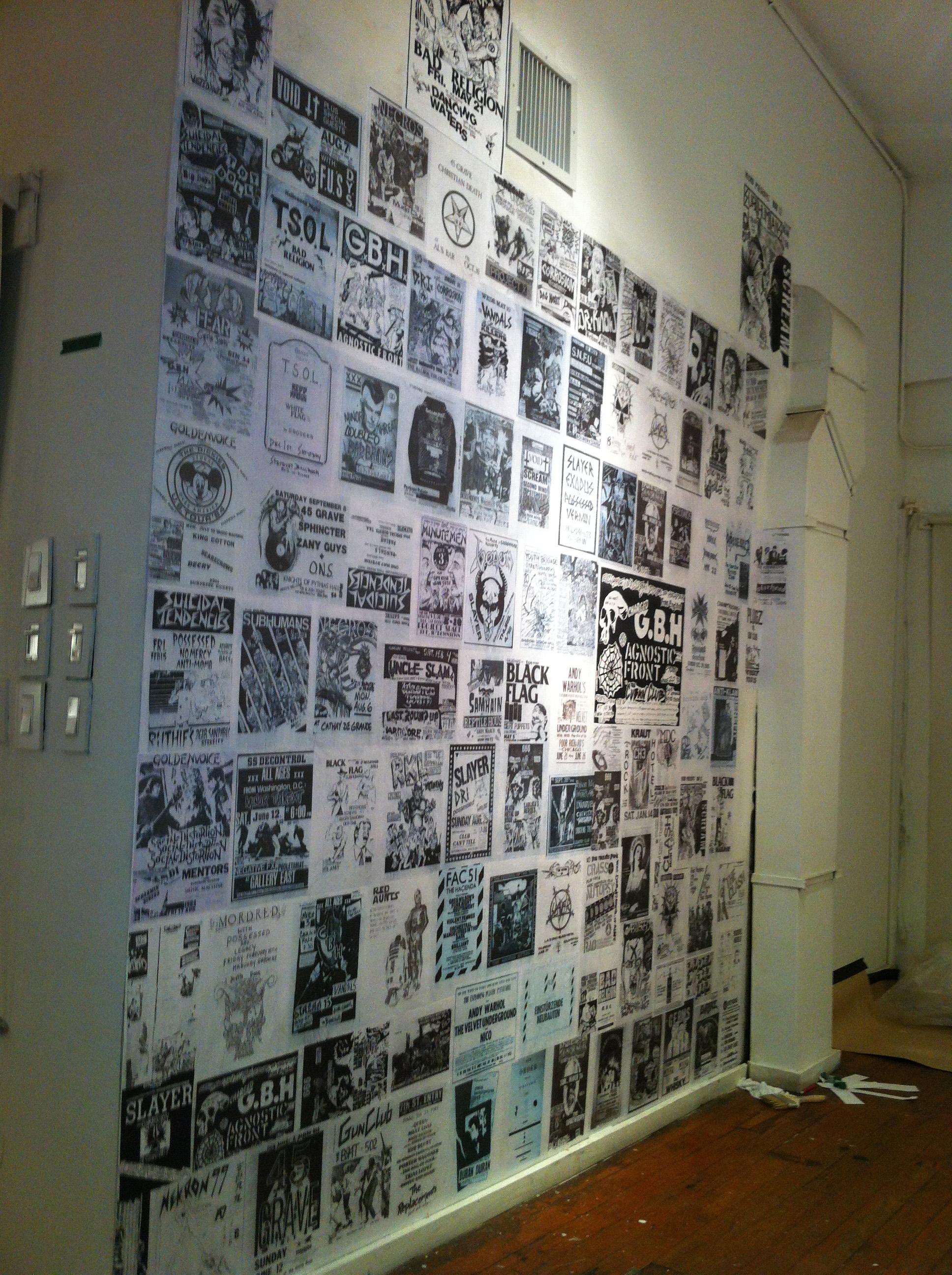Flyer wall