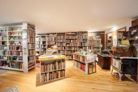 Bonnie Slotnick Cookbooks (East Village Independent Merchants Association)